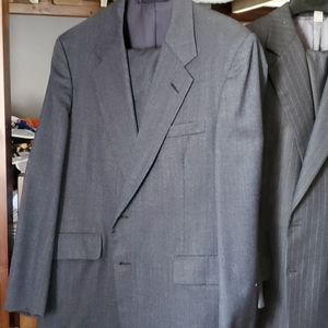 Hickey Freeman lot of suits/sport coats